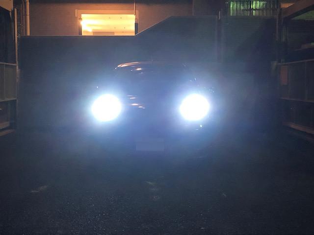 ヘッドライトバルブ交換。