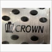 王冠マークとCROWNの文字が品祖ではありますが<br /> <br /> <br /> ゴムの突起がありますので、滑ることはないと思います。