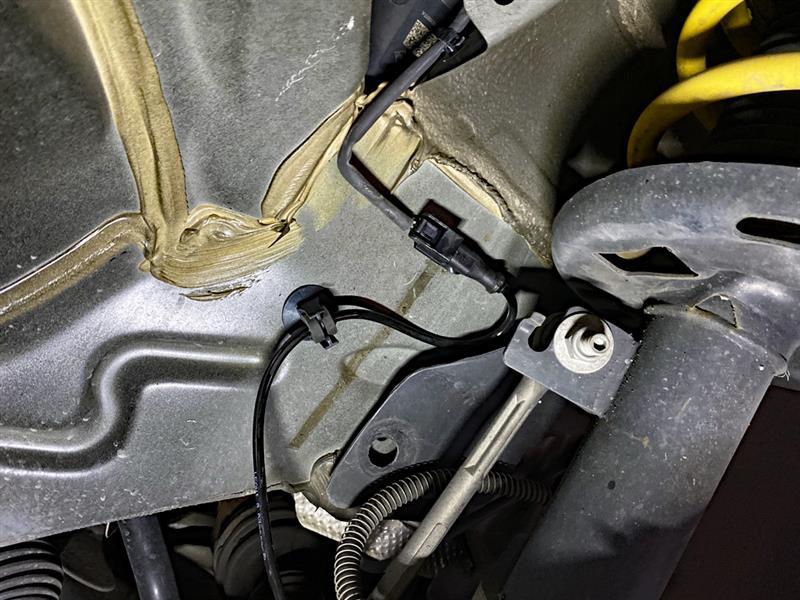 メガーヌ 〔Check braking system〕アラート・解消。