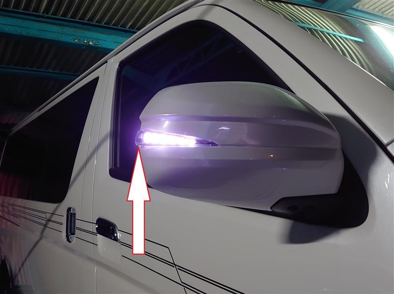 AVESTのシーケンシャルウインカー付きミラーカバー 其の2