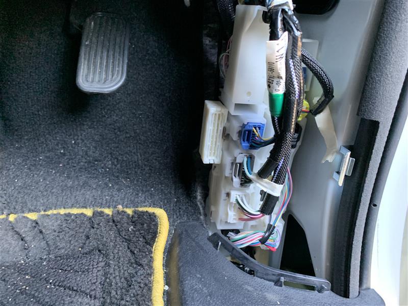 VALENTI シーケンシャル ウインカーポジションタイプ1 FAW-11取り付け その3