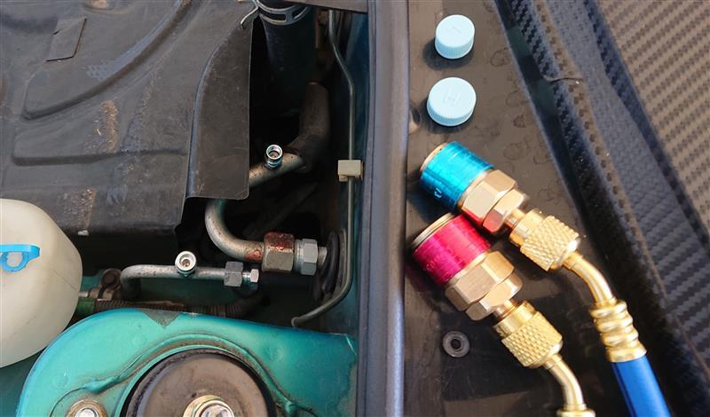 エアコンガス漏れ修理&ガス充填