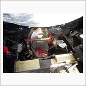 Fメンバーの取り付け。<br /> フレームのゆがみか取り付け穴が合わずポートパワーを仕入れてムリヤリ押し広げボルトを留めた。
