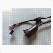 電源はメーター下の2P黒カプラから取るので配線加工。