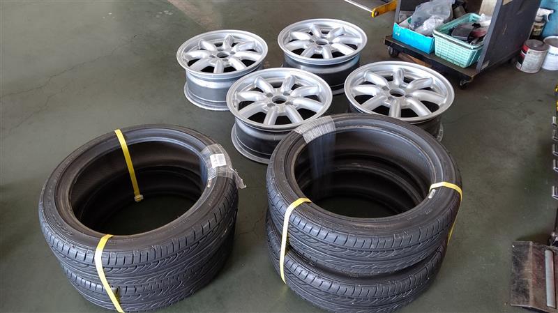 ホイール塗装・タイヤ交換