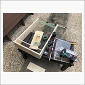 缶スプレーのいい整理の方法が<br /> ないかな~?とネット徘徊・・・<br /> <br /> 木材を使った移動棚がいい感じだったので<br /> さっそく材料買って作ってみました。