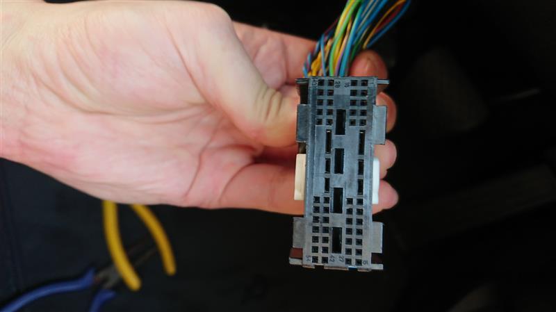 クルーズコントロールスイッチ用配線取付け作業【後期型】【N52】【2.5i】【クルコン】