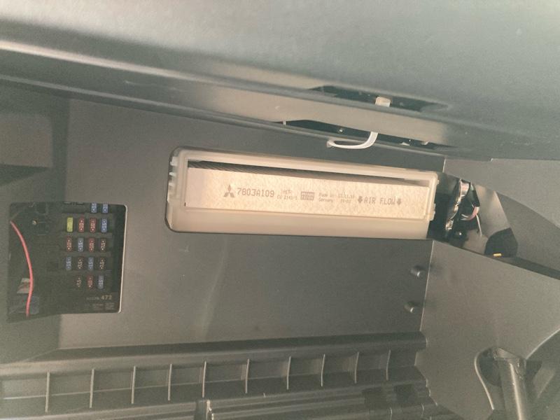 エアコンフィルター交換!
