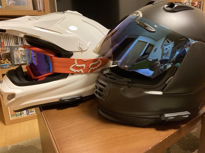 ヘルメットインカム設置