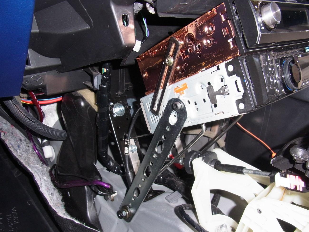 KE cx-5 前期型でもデッキをセンターコンソールに移設したい! その2