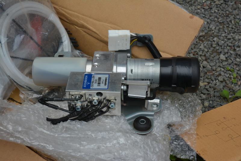 アクティブトップ修理 LA400油圧ポンプに換装