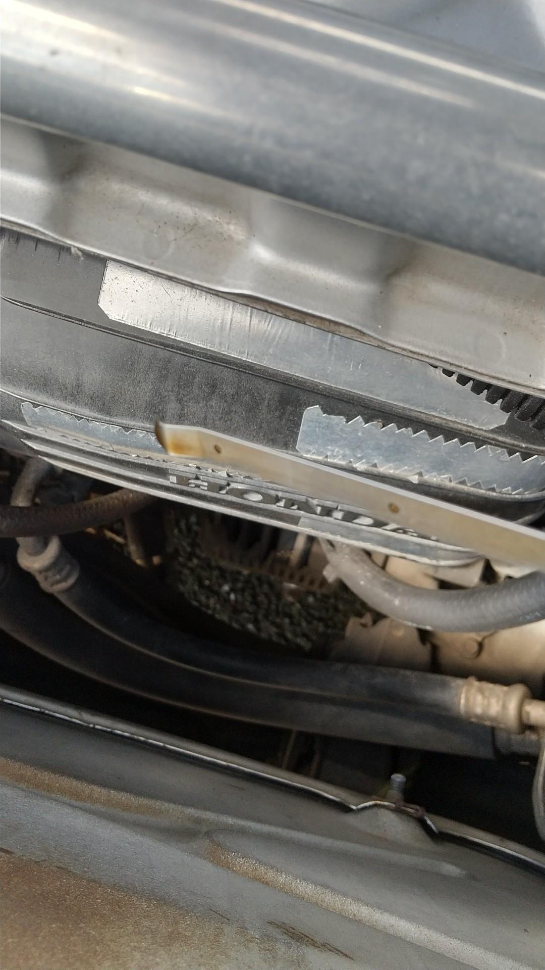 エンジンオイルを加てました。