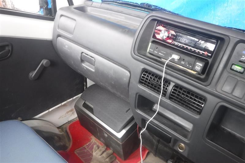CD付きFMラジオ付けたい