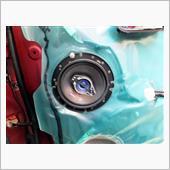 ドアスピーカーは特に不具合はありませんが、長年使って来たクラリオン製SRT1600から変更です。