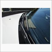 適当な仕事しかしてませんが引き締まりました。<br /> 運転中に見えてくるワイパーのフレームの白とアームの錆が隠れただけでもプラスです。<br /> <br /> これだけで若返ります♪
