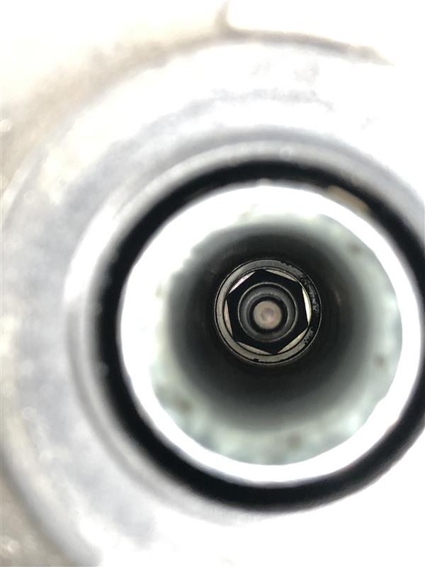 オイルの漏れはまだ大丈夫そう。