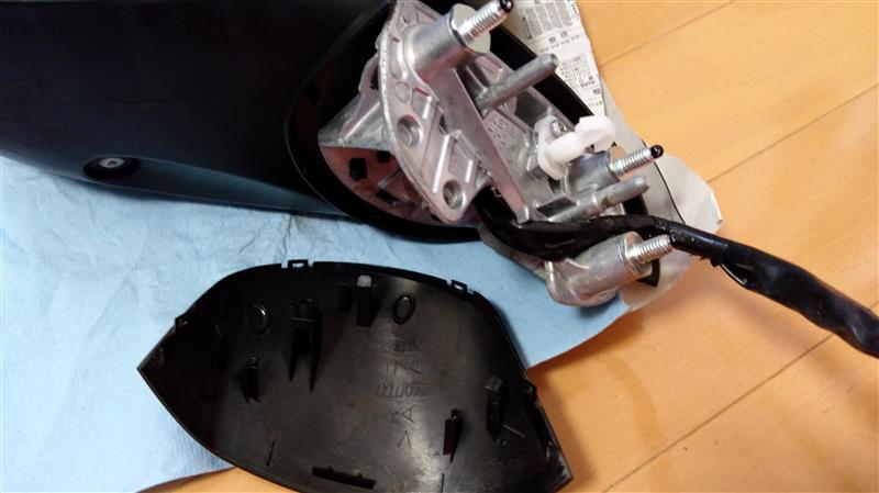 ドアミラーアクチュエーター交換(Outer mirror actuator replace) 2