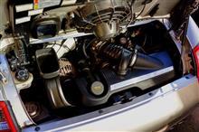911 (クーペ) エンジンルームランプLED化!のカスタム手順2