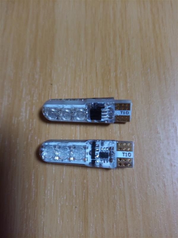 T10バルブ ポジションランプ交換