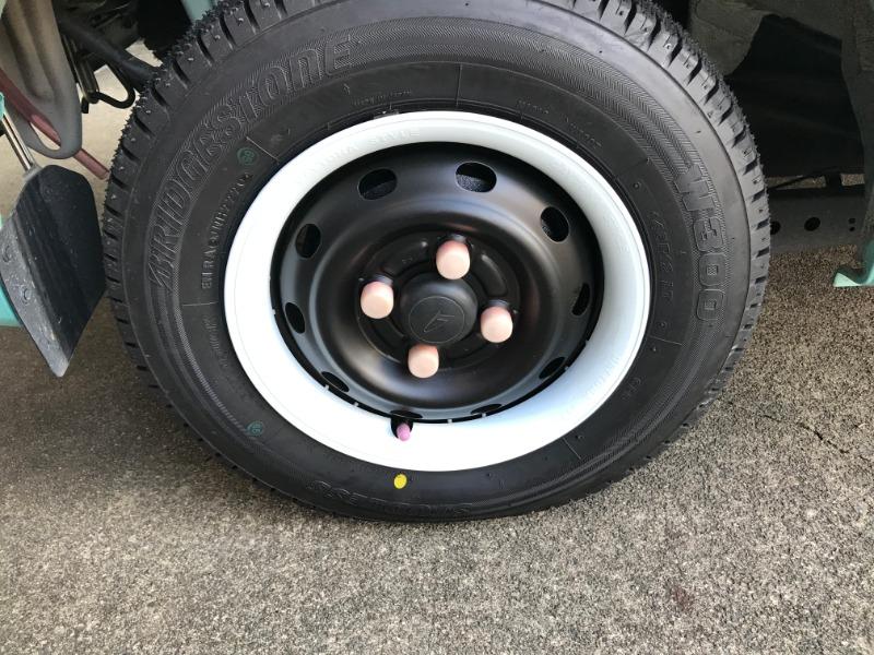 スタッドレス タイヤ交換