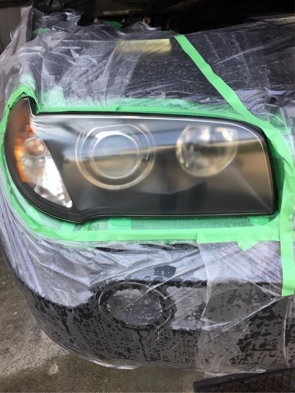 ヘッドライトの塗装にチャレンジ