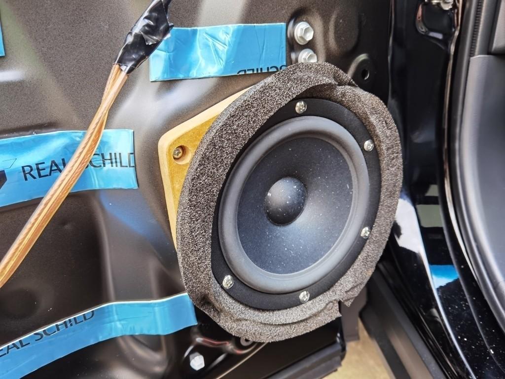 SB acoustics satori  MW16P-4取付け