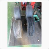 ちなみにタイヤサイズは少し弄りました。<br /> 175/65 R15<br /> タイヤ幅はワンランク(20mm)狭めて、外径はちょびっと大きくなりました。<br /> 外径を大きくするメリットは大きくなった方が車高も上がるので雪道でガリっとせずに済みます。