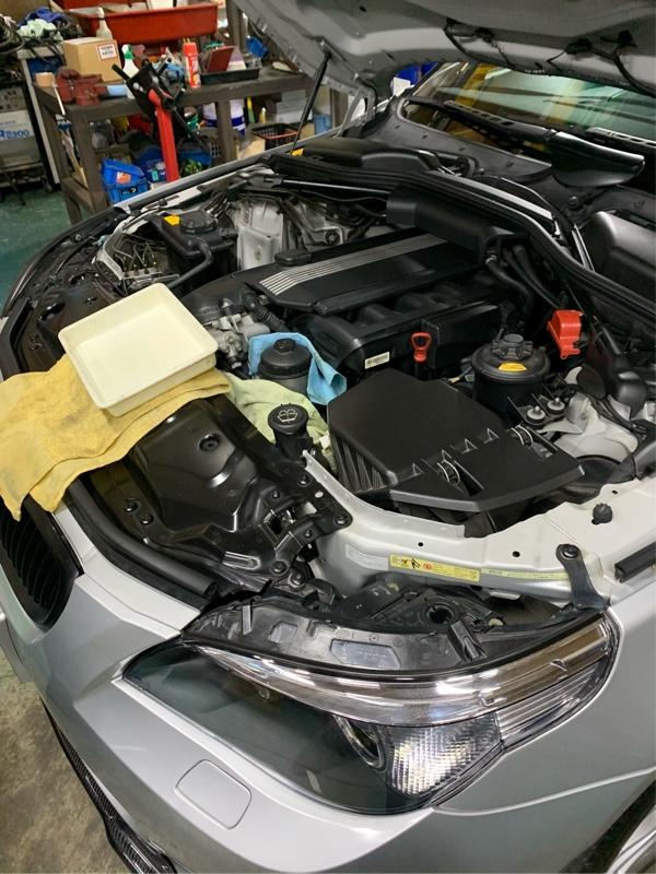 E60 エンジンオイル交換