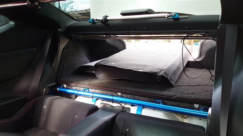86軽量化 リアシートの脱着を簡単に、の加工