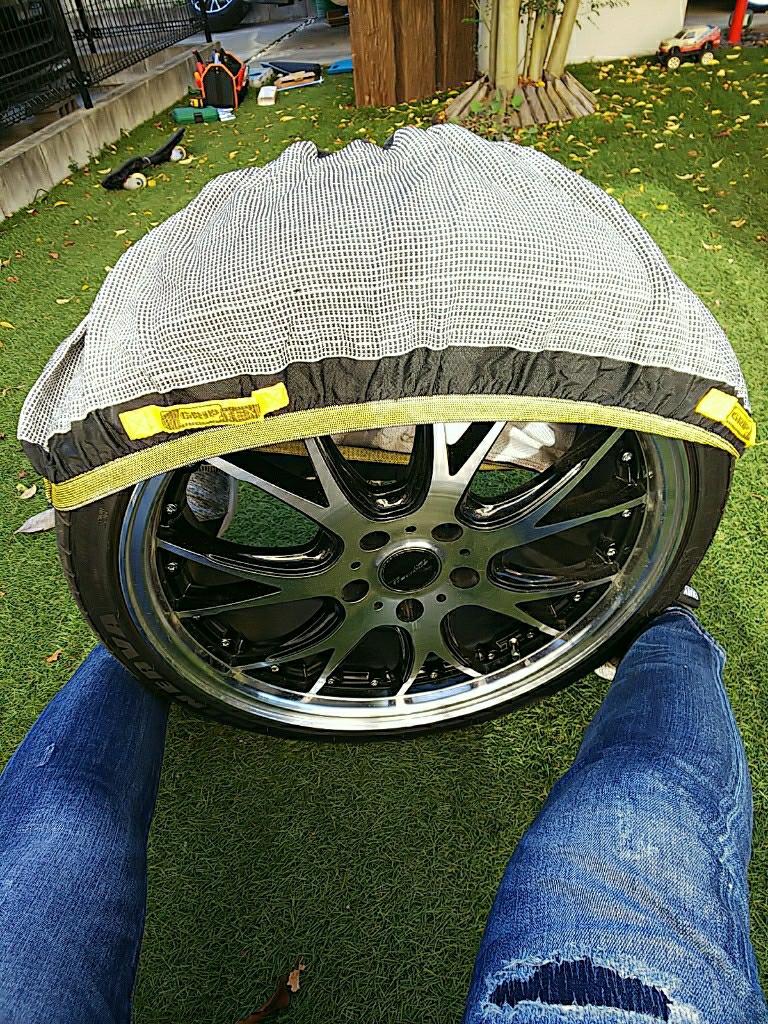 以前買った布製タイヤチェーンを履かせてみた🎵
