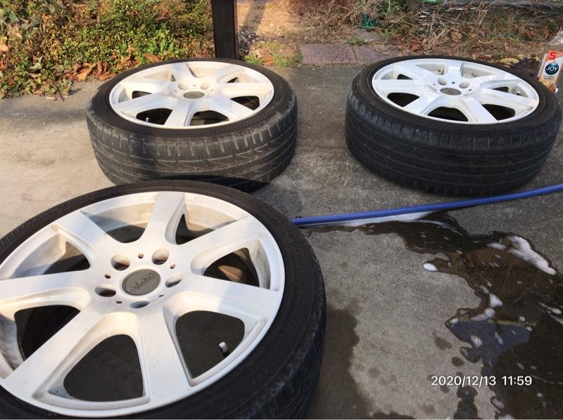 夏タイヤの洗浄
