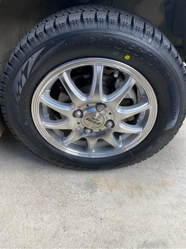 スタッドレスタイヤ交換しました。