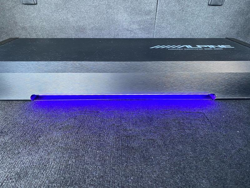 60系 前期 ハリアー ALPINE サブウーファー SWE-2200 LEDテープ 貼り付け