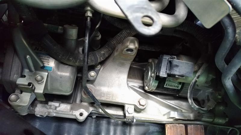 エンジンマウント交換