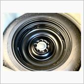 スペアタイヤも、いざと言う際の必需品‼️<br /> <br /> BRアウトバックのA型で、後ろから追突された際にタイヤがフロアに入ってくるのを、防いでくれました。