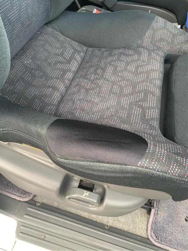 経年劣化、座席の生地 R3.1〜
