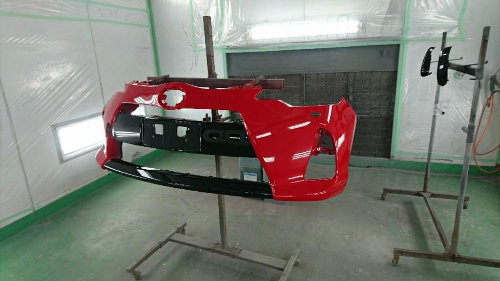 フロントバンパー修理