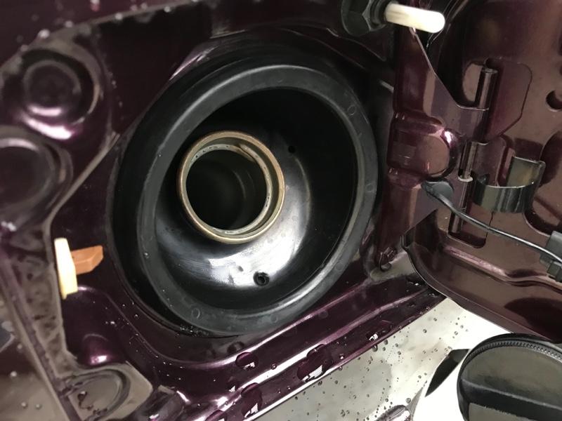 燃料系統清掃 AZ社 FCR-062燃料添加剤投入