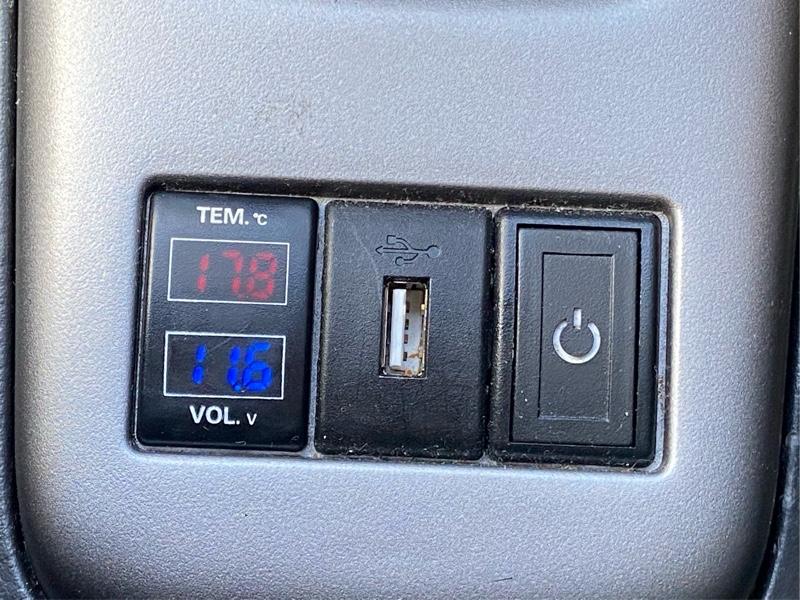 温度計&電圧計ポート装着