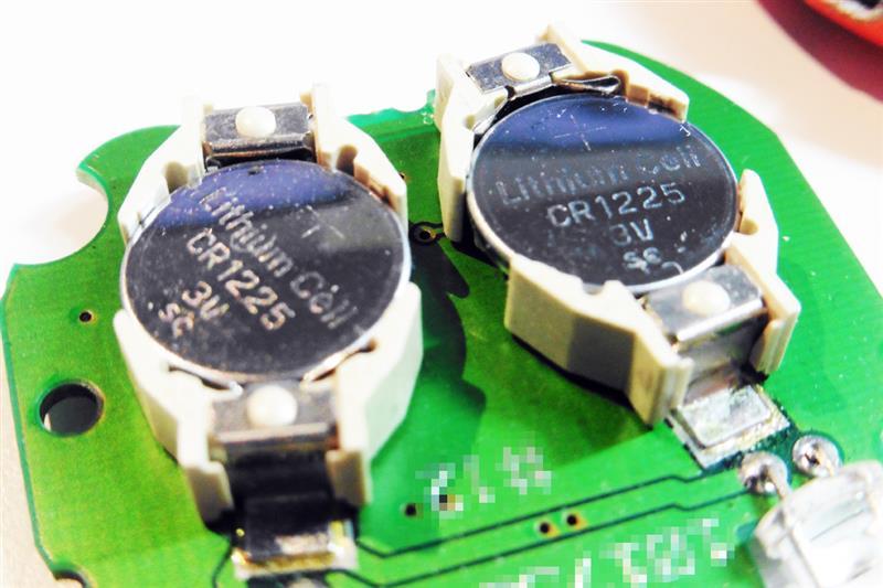 赤外線式リモコンキー電池交換(3回目)