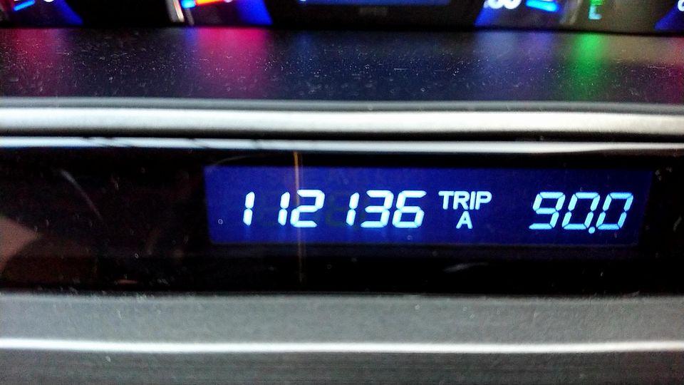 ODO:112,136km                                                                                                                                                                                                                                                                                                                                                                                                                                                                                                                                                                                                                                                                                                                                                                                                                                                                                                                                                                                                                                                                                              <br /> <br /> 走行距離:3,435km<br /> <br /> トヨタ純正 キャッスルSN 5W-30<br /> チケット使用(1,692円、オイル(4.0L)、交換工賃、オイルパンドレンプラグガスケット代)<br /> <br /> エレメント&交換工賃:1,650円                                <br /> <br />