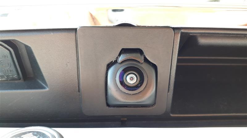 リアカメラ雨滴除去装置取り付け その3