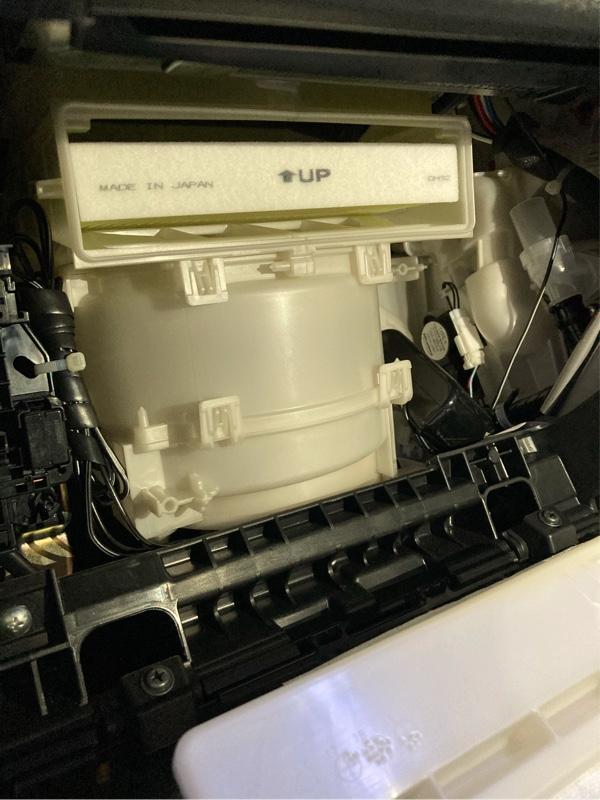 エアコンフィルターLAC408