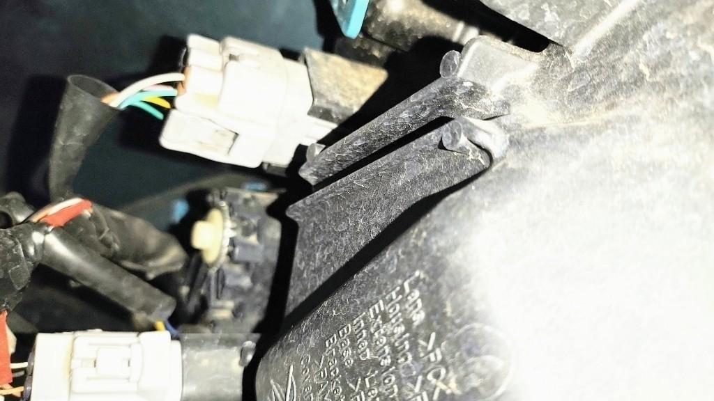 (簡単)ヘッドライトオートレベリングリセットと光軸調整