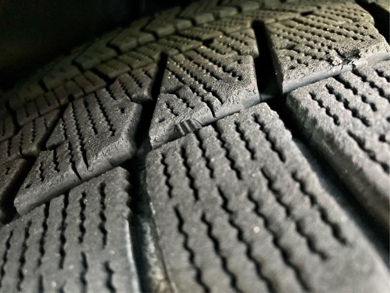 ◆スタッドレスタイヤ,プラットホームの確認(^^)
