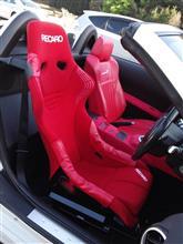 RECAROのRS-GSにみのりブランドのサイドプロテクターとシートベルトガイドを取り付け
