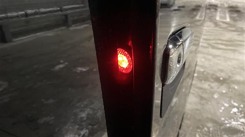 LED DOOR WARNING LIGHT