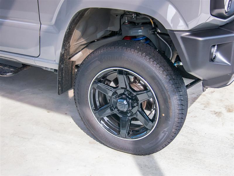 スタッドレスからATタイヤへ交換。