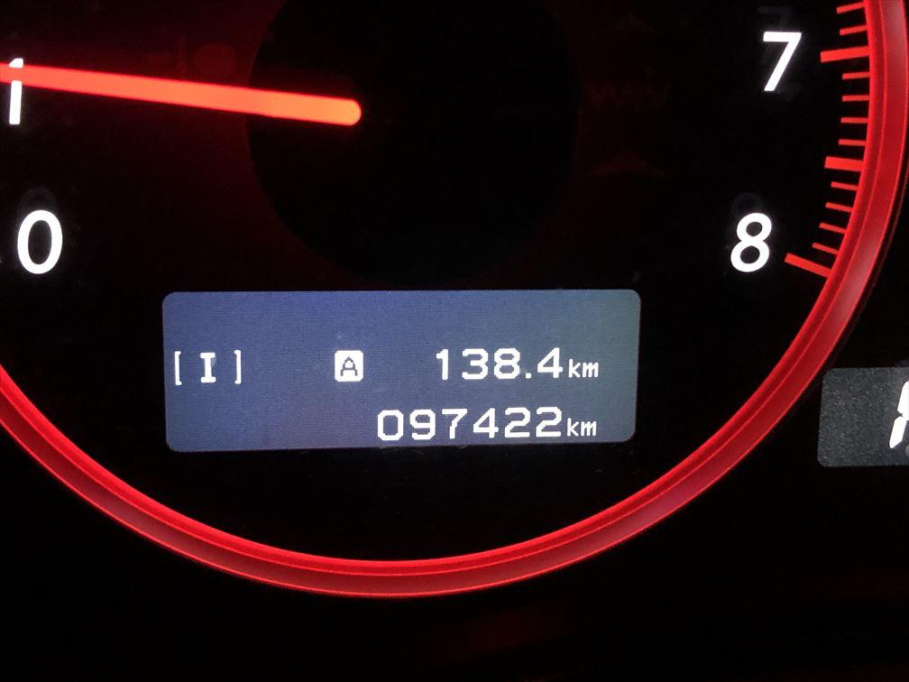 97422km HIDバナーとエアエレメント交換