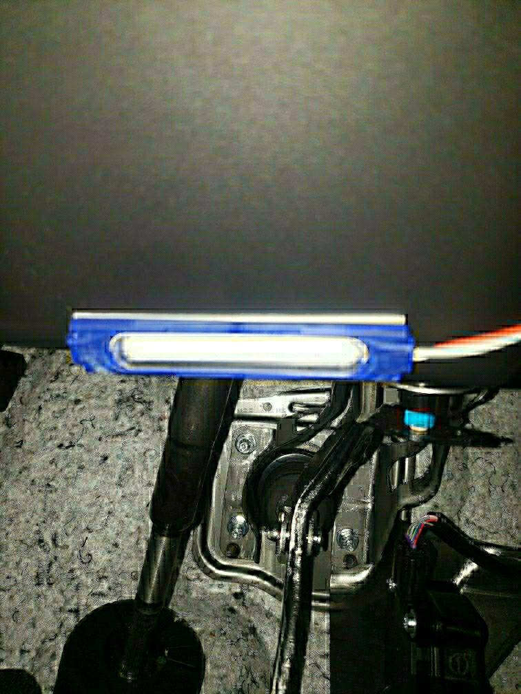 LEDフットランプ取付け